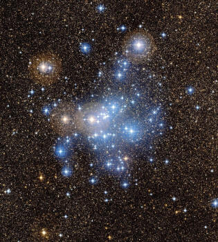 star cluster M25 is located in the heart of the constellation of the Archer (Sagittarius)