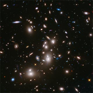 amas de galaxies Abell 2744