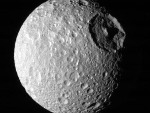 mimas moon of saturn
