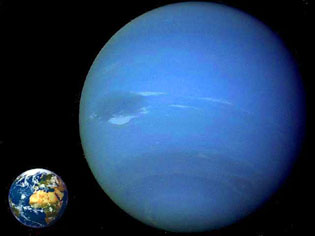 Neptune size compared to the size of the Earth